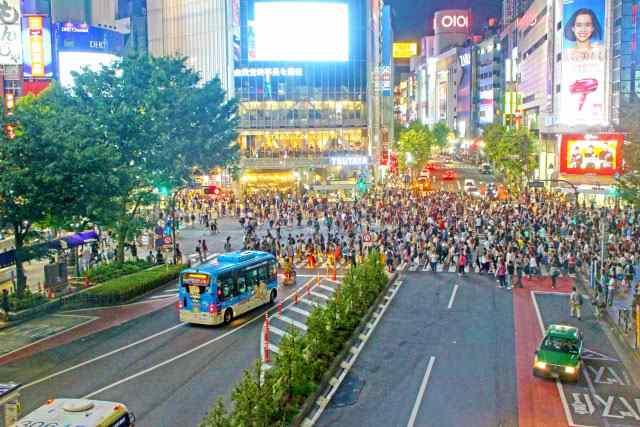 外国人観光客にも人気の渋谷スクランブル交差点で前撮り&フォトウェディングを叶えよう