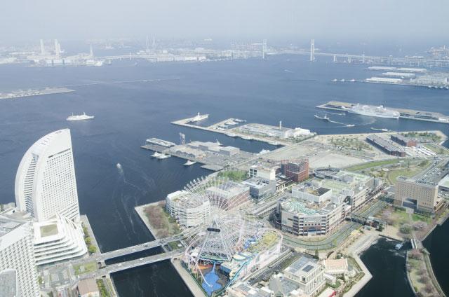 横浜港の大さん橋は前撮り&フォトウェディングの定番スポット